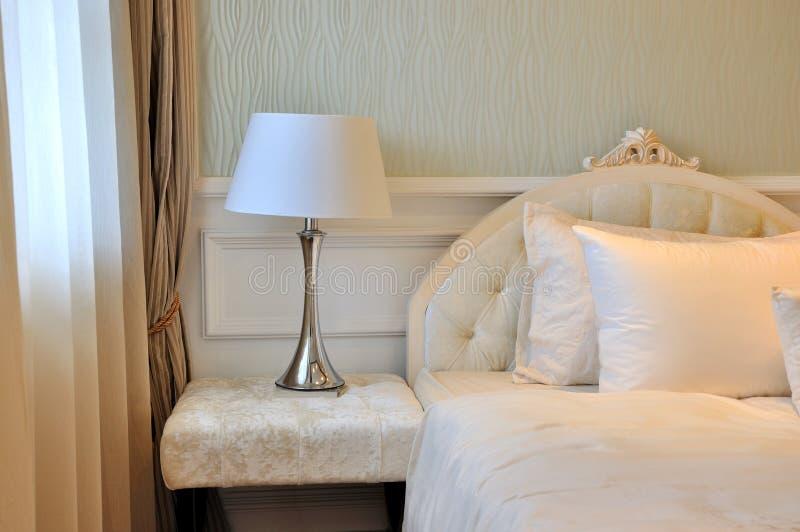 sypialni miękka część wewnętrzna oświetleniowa obrazy royalty free