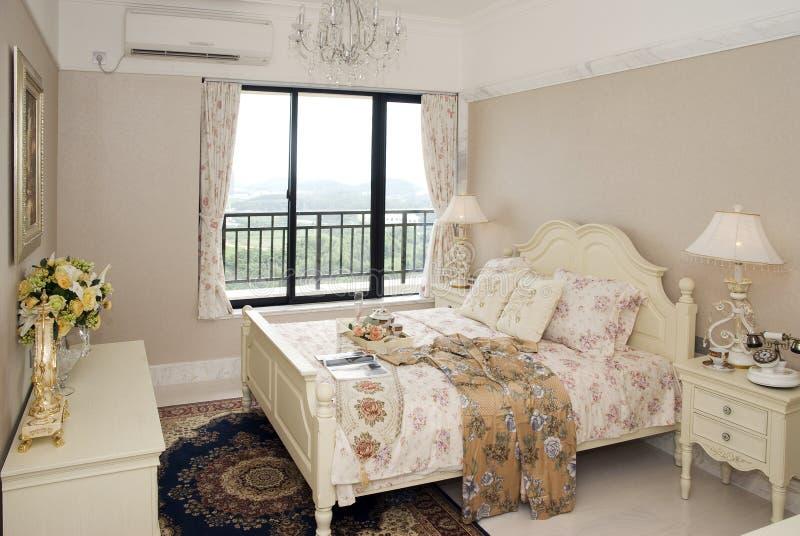 sypialni mody wnętrze zdjęcie royalty free