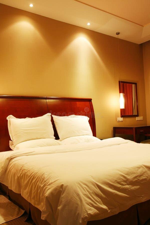 Download Sypialnia hotel zdjęcie stock. Obraz złożonej z relaks - 8111898