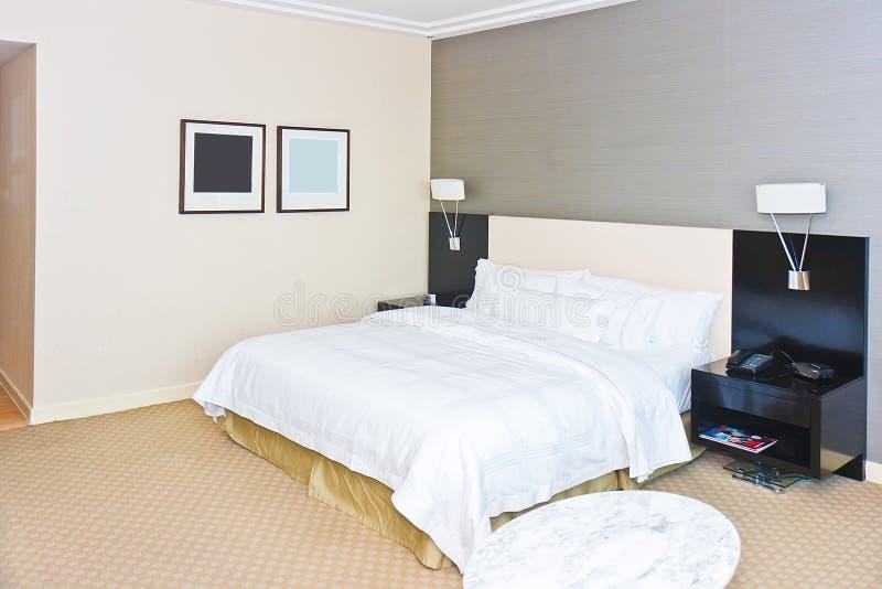sypialnia nowożytna fotografia stock