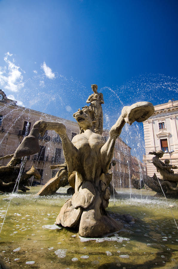 Syracuse, Piazza Archimede and Fountain of Diana royalty free stock photos
