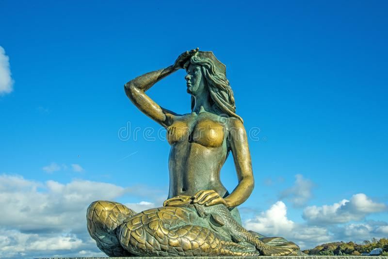 Syrenka, sirene, oriëntatiepunt van Ustka stock afbeeldingen