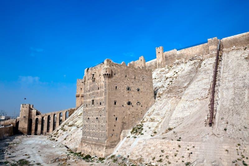 Syrien - Aleppo citadell royaltyfri fotografi
