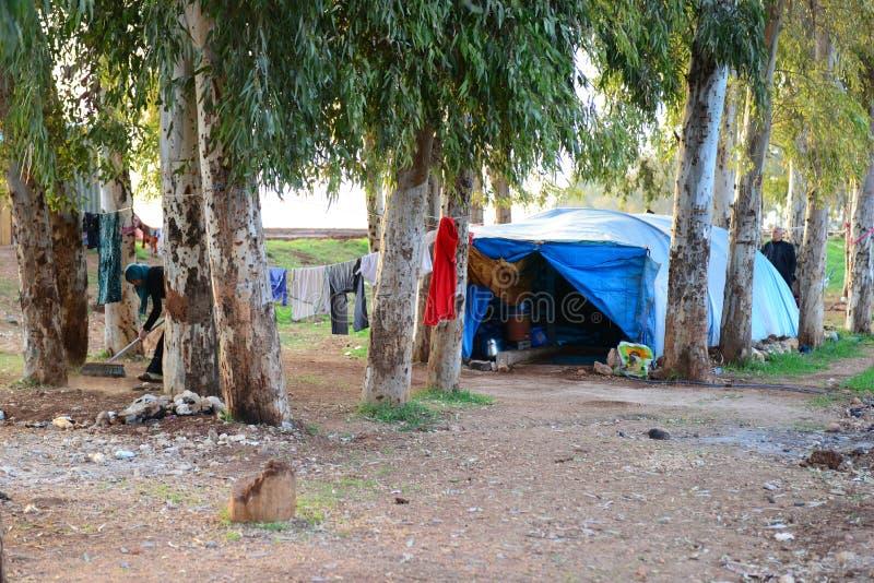 Syrisch-Turkse grens in Reyhanli - onwettig vluchtelingskamp stock foto