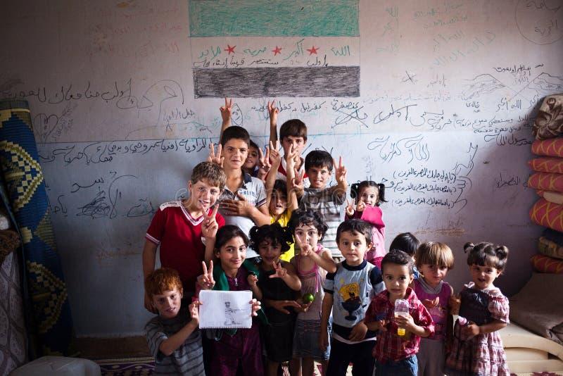 Syrische kinderen op school in Atmeh, Syrië. royalty-vrije stock foto's