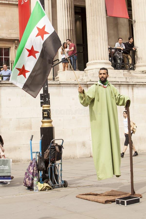 Syrische Verzameling in Trafalgar Square om Dokters onder Brand te steunen royalty-vrije stock afbeeldingen
