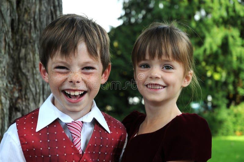syskon royaltyfri bild