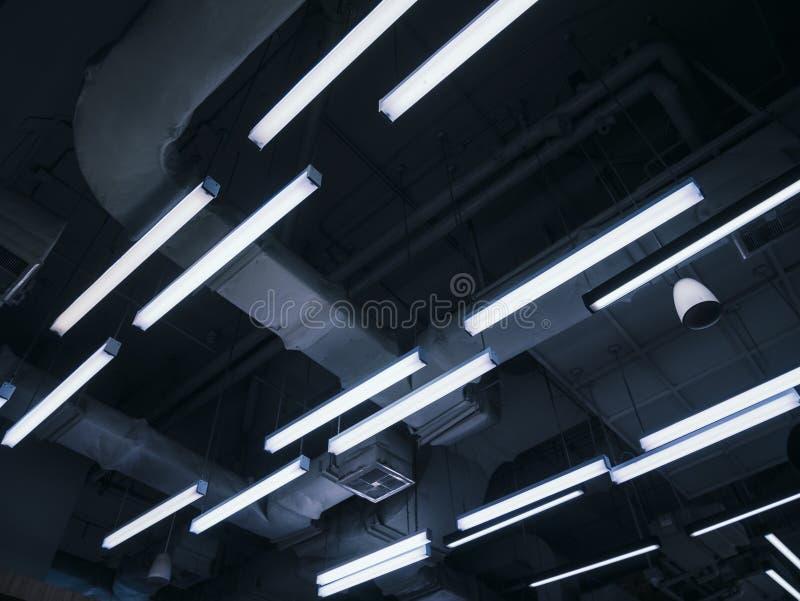 Système électrique de bâtiment d'intérieur de modèle de lampe au néon images stock
