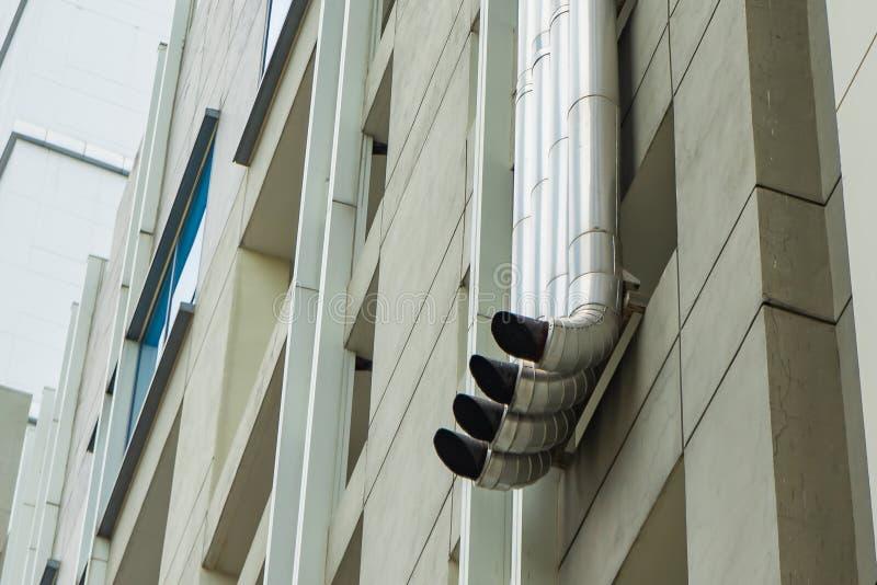 Système de pot d'échappement ou de conduit d'aération fait d'acier inoxydable images stock