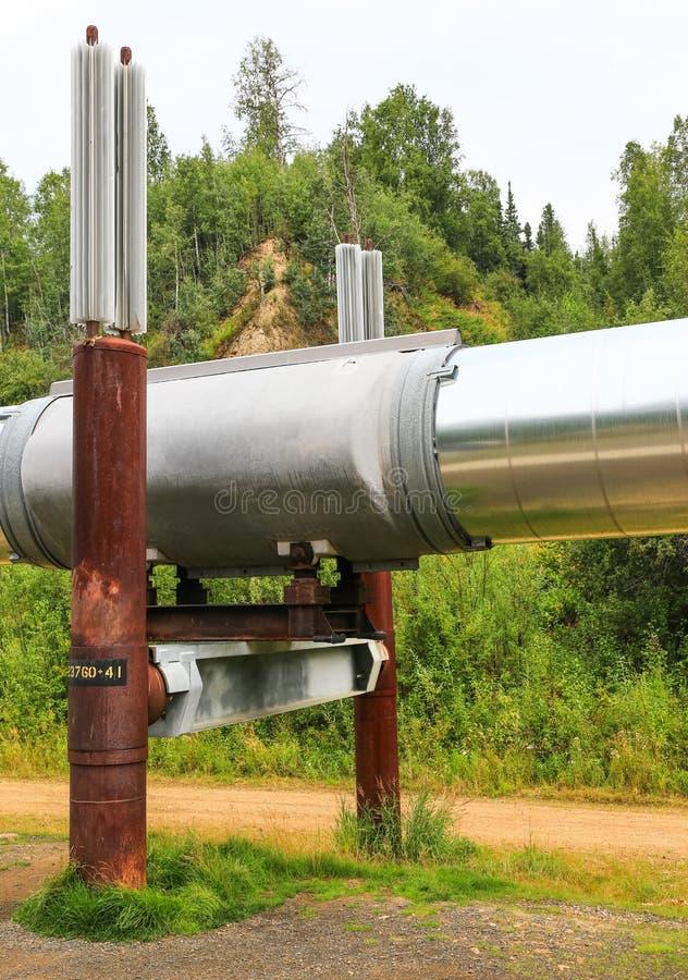 Système de support de canalisation de l'Alaska - du Transport-Alaska photographie stock libre de droits