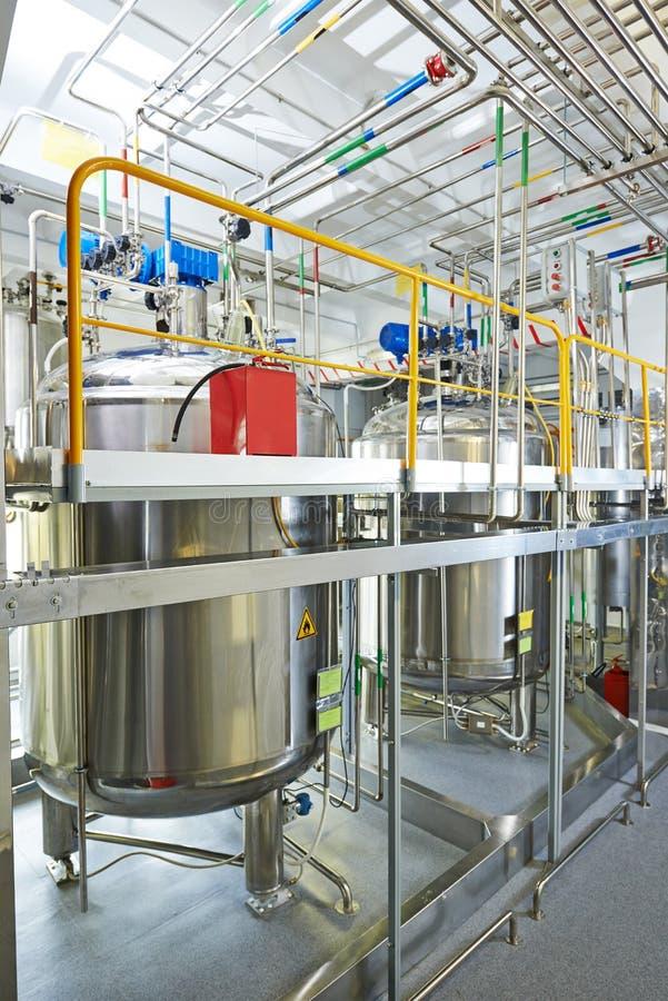 Système de traitement à l'eau pharmaceutique image stock
