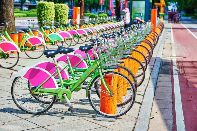 Système public de vélo images libres de droits
