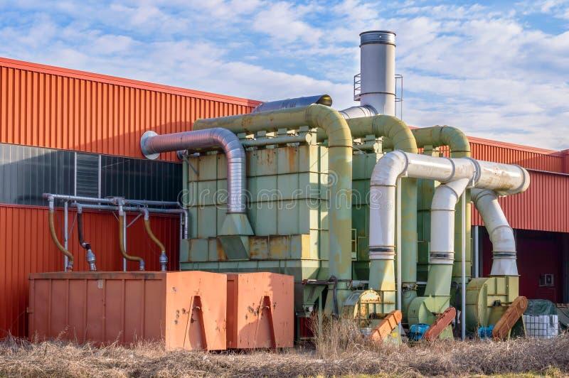 System der Filtration einer Fabrik lizenzfreies stockbild