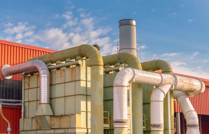 System der Filtration einer Fabrik stockfotografie