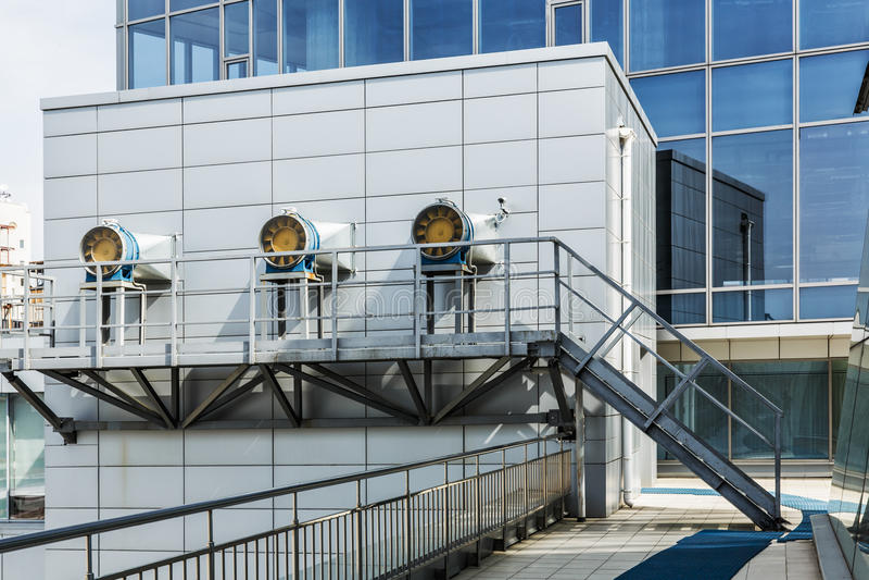 Systemet för HVAC för affärsmitt royaltyfria bilder