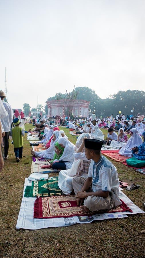 Sytuacja modlitwa w alun-alun mieście Blitar, Wschodni Jawa, Indonezja zdjęcia royalty free