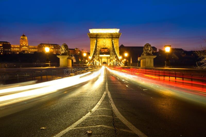Széchenyi铁锁式桥梁和布达城堡在布达佩斯,匈牙利 库存图片