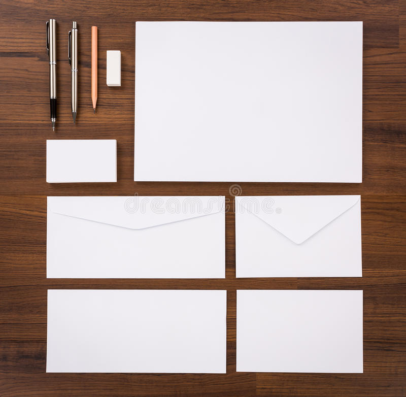 szablon pusty Składał się wizytówki, letterhead a4, pióro, e zdjęcia stock