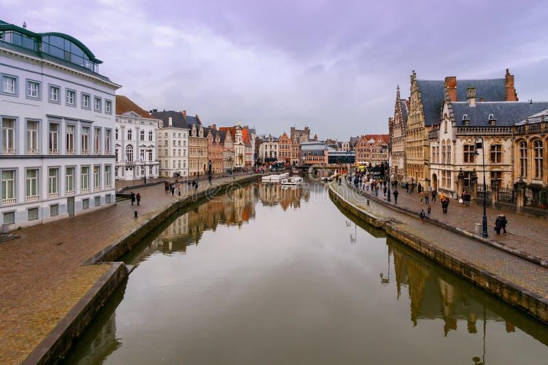 szacowny Widok stary miasto na zmierzchu obraz stock