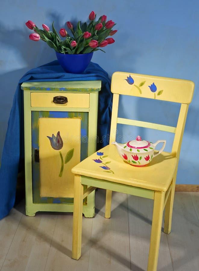 Szafka i krzesło zdjęcie stock
