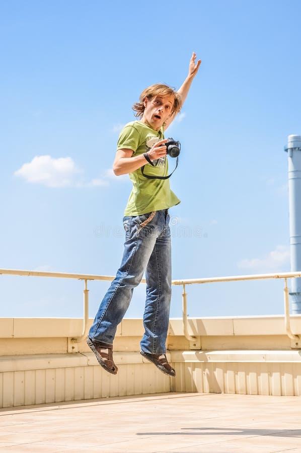 Szalony rozochocony fotograf zdjęcie stock