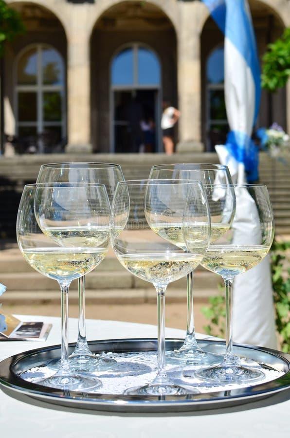 szampan dekoruję dekoracyjny kwiatu szkieł target1747_1_ obrazy stock