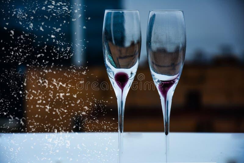 szampan obramiający szkła obramiać strzelali obrazy stock
