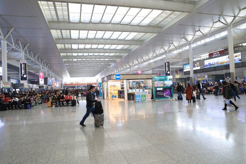 Szanghaj Hongqiao staci kolejowej czekania śledztwo zdjęcie royalty free