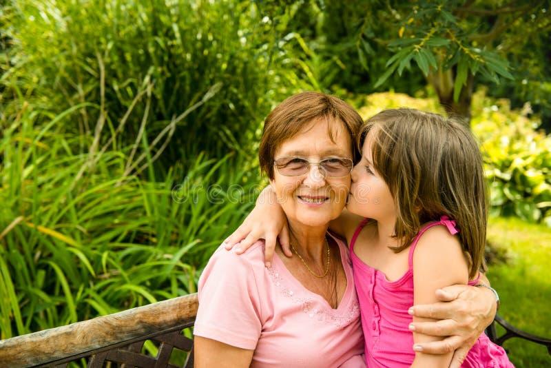 Szczęście - wraz z wnukiem obrazy stock