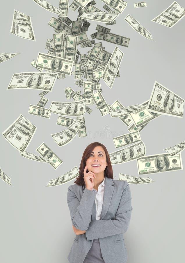 Szczęśliwa biznesowa kobieta patrzeje pieniądze deszcz przeciw popielatemu tłu ilustracji
