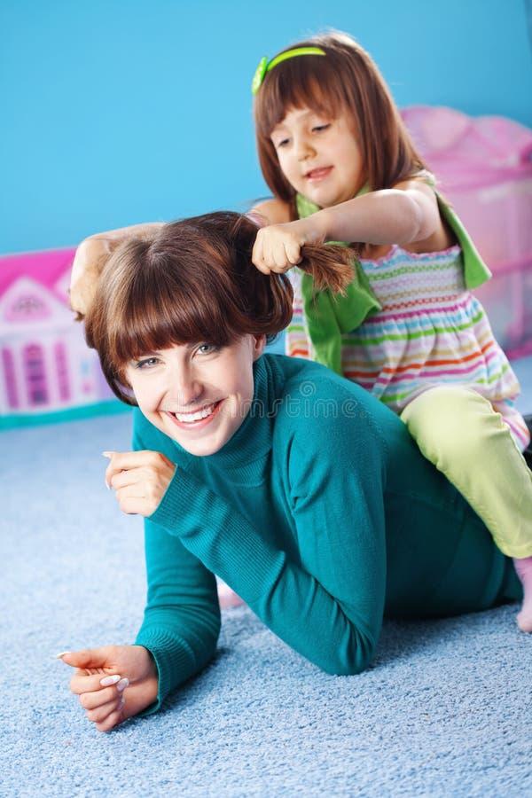 szczęśliwa córki matka obraz stock