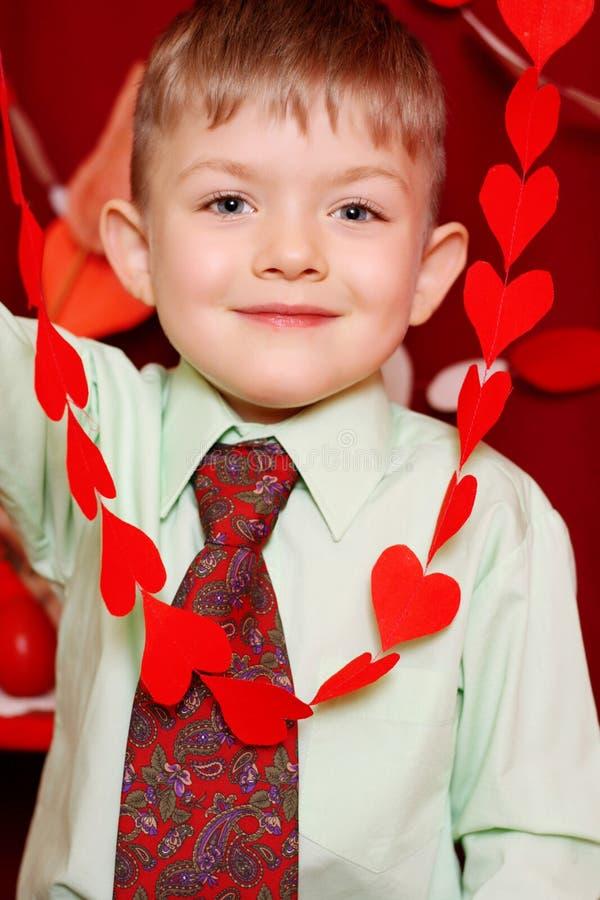 Download Szczęśliwa chłopiec zdjęcie stock. Obraz złożonej z miłość - 28957696