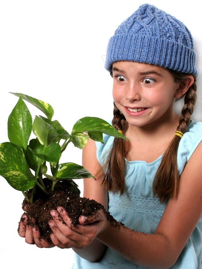 szczęśliwa dziecka roślinnych obrazy royalty free