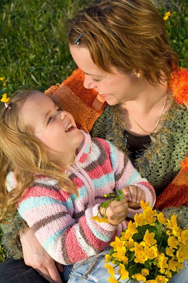 szczęśliwa dziewczyny wiosna obraz stock
