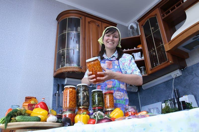 szczęśliwa gospodyni domowa zdjęcia stock