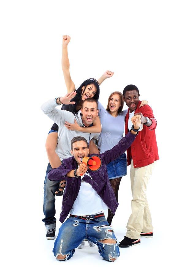 Szczęśliwa grupa ludzi z rękami up - odizolowywający nad bielem obraz stock