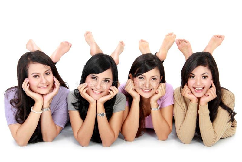 Szczęśliwa grupa przyjaciele zdjęcia stock
