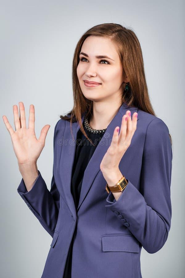 szczęśliwa kobieta uśmiechnięta obrazy royalty free