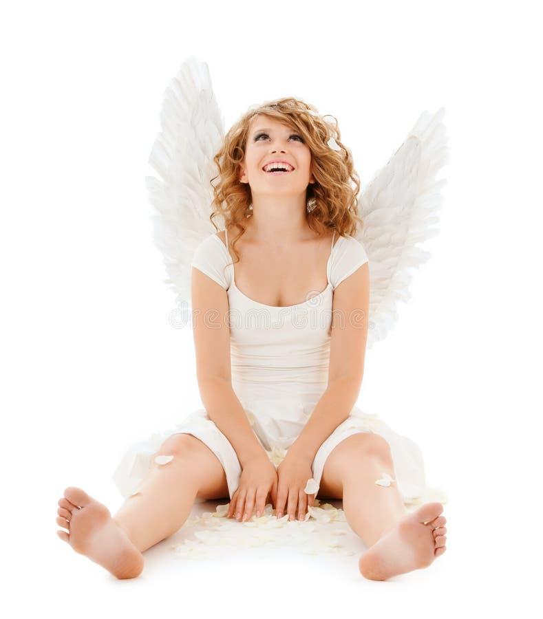 Szczęśliwa nastoletnia anioł dziewczyna obraz royalty free