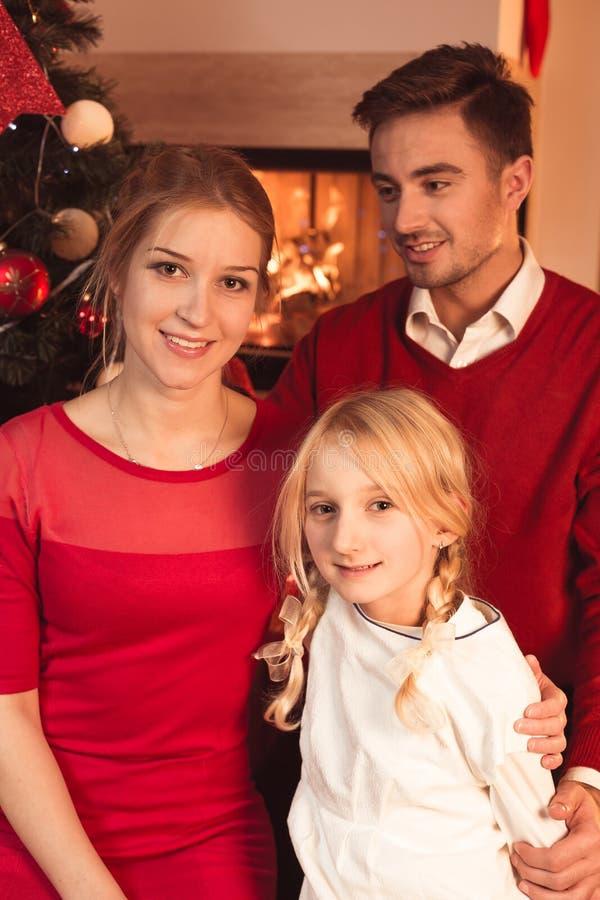 szczęśliwa rodzina świąteczne obraz stock