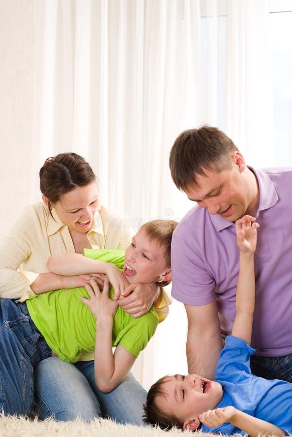 Szczęśliwa rodzina cztery fotografia stock