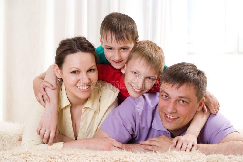 Szczęśliwa rodzina cztery obraz stock