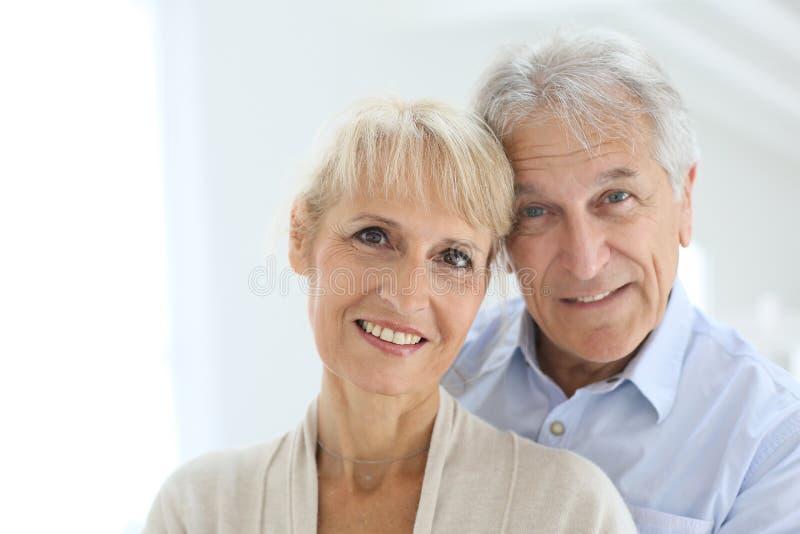 Szczęśliwa Starsza para W Domu obraz stock