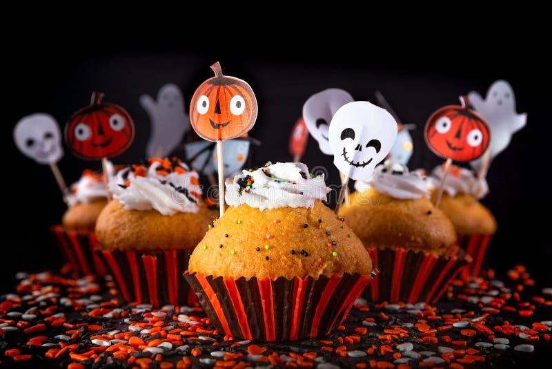 Szczęśliwe Halloweenowe słodka bułeczka babeczki fotografia royalty free