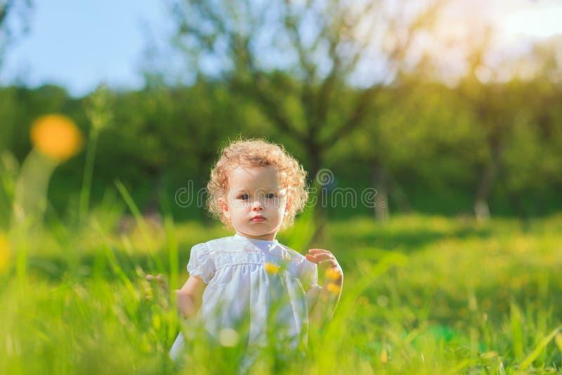 szczęśliwego dzieciństwa obraz stock