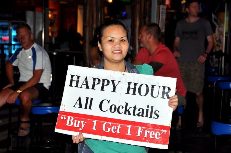 szczęśliwej godzina Phuket szyldowa Thailand kobieta zdjęcie royalty free