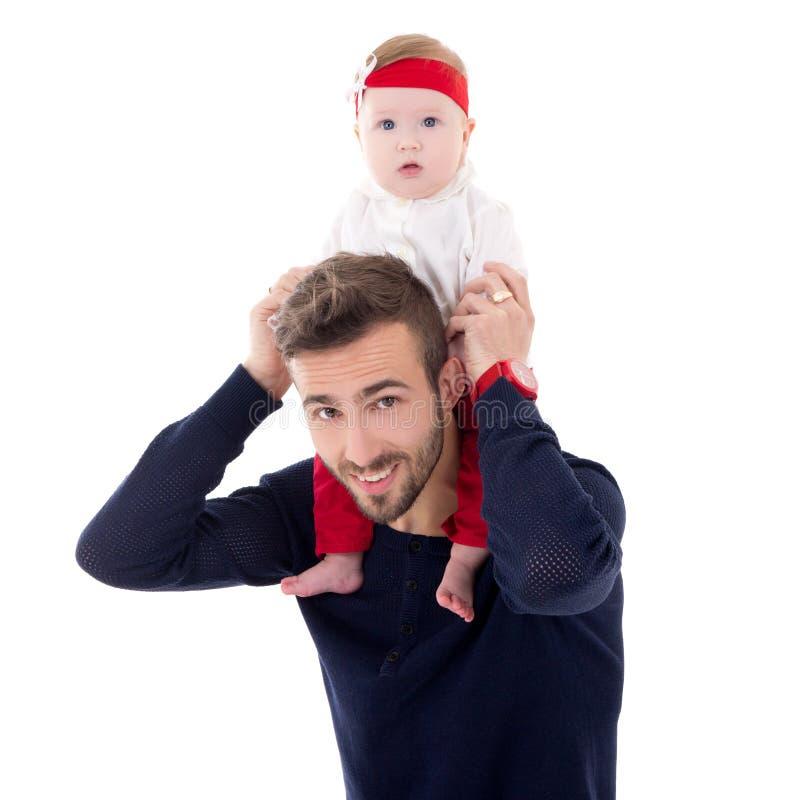 Szczęśliwi potomstwa ojcują z małym córki obsiadaniem na jego ramionach zdjęcia stock