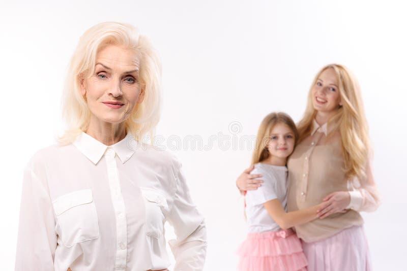 Szczęśliwi spojrzenia żeńscy persons obrazy stock