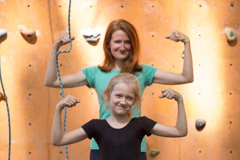 Szczęśliwi sporty rodzinni zdjęcie stock