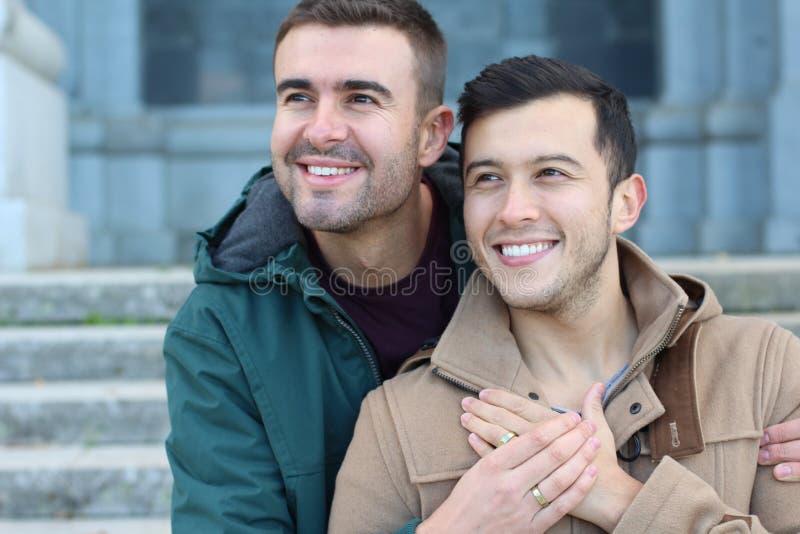 Szczęśliwie zamężny homoseksualny pary zakończenie up zdjęcie royalty free